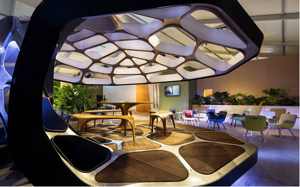 Πηγή φωτογραφίας: telegraph.co.uk. Το περίπτερο Volu Dining της Zaha Hadid