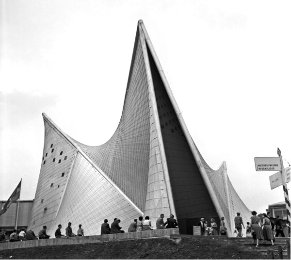 Philips Pavilion. Πηγή εικόνας: Wouter Hagens. Wikipedia, Creativecommons